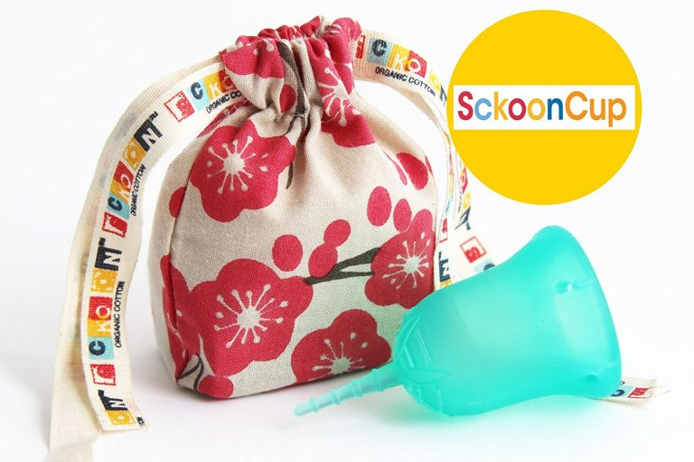 Menstrual cup with pouch by Sckoon