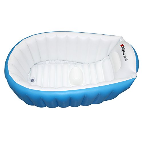 Best Baby Bathtubs of 2018: Splash Out (Affordably) | WeTheParents